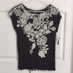 BRAND NEW - Express T-shirt with tags